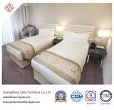 木のツイン・ベッド(YB-D-36)が付いている高品質のホテルの寝室の家具