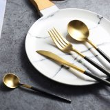 Jeu de vaisselle de cuillères de couteau de fourche
