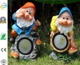 Scultura di Gnome di Polyresin con indicatore luminoso solare per la decorazione del giardino