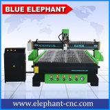 China Router CNC Máquina de grabado 1530 puerta de madera de la máquina para la venta