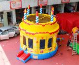Casa Chb728 do salto do bolo de aniversário