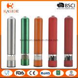 Los colores más vendidos alargado molinillo de pimienta de la batería con la luz