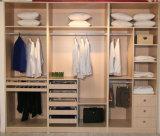 Morden Entwurfs-hölzerne Garderobe für Schlafzimmer