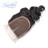 4X4 레이스 마감 중간 부분에 의하여 표백되는 매듭 중국 느슨한 컬 머리