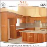 N&L Fuenitureの顧客用最も新しく白いペンキの純木の食器棚