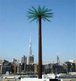 Künstliche Baum-Kommunikation getarnter Aufsatz