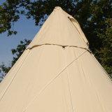 Wasserdichtes Tipi-Zelt im FreienGlamping Baumwollsegeltuchtipi-Zelt