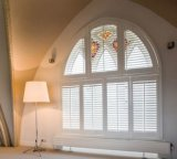 A montagem Home interna do interior da decoração da decoração interior Shutters a plantação do indicador