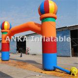 Arco-íris ao ar livre de anúncio inflável do arco colorido