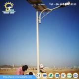 ドバイの太陽電池パネルが付いているよいデザイン6m 90W LEDランプ