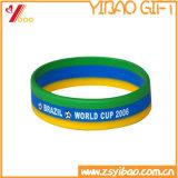 L'alta qualità ha personalizzato i braccialetti resi personali del silicone per i regali