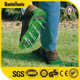 Pp.-Garten-im Freiengras-Rasen-Belüftungsanlagen-Spitzen-Schuhe