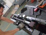 Gravador pequeno do CNC com os entalhes do ATC 8 (FD-560)