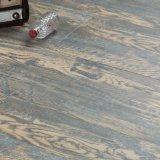 最上質HDF新しいパターン木製の質の表面によって薄板にされるフロアーリング