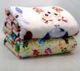ソファー及びベッドの投球の羊毛の投球