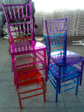 Diferentes colores de resina de PC Chiavari sillas a parte