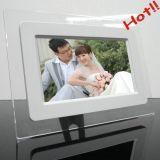 La opción de 7 pulgadas mini electrónico LCD Digital Photo Frame con batería recargable