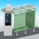 Progetto di governo che fa pubblicità al riparo della fermata dell'autobus con la casella chiara