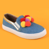 Kind-Form-Denim bunte Hairball beiläufige blaue Müßiggänger-Schuhe