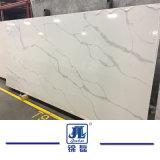 カラーラの白い大理石はBiancoカラーラ白い大理石の優雅で白いカラーラの白の大理石をタイルを張る