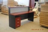 Стол приема таблицы офиса секретарши офиса деревянный
