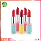 Obtenir les bons hydratant le rouge à lievres de produit de beauté de couleurs de la mode 6 de languettes