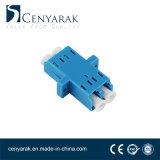 光ファイバケーブルのアダプターかカプラーLC/Upc-LC/Upcのデュプレックスはマルチモードおよびシングルモードに適用する