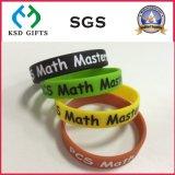 Wristband riempito colore della gomma di silicone di Debossed (KSD-837)