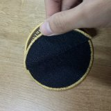 Overlocking plancha sobre 100% poliéster parche tejido pegajoso de velcro.