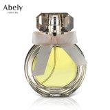 Bouteille de parfum douce de créateur avec le parfum initial