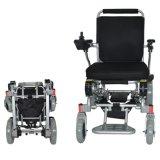 초로 전기 휠체어를 접혀 베스트셀러 라이트급 선수