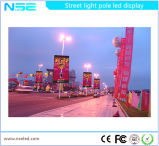 Outdoor P10 Roadside plein de signes de pôle DEL de couleur des signaux numériques sur les poteaux pour la publicité