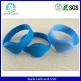 De waterdichte UHFManchetten RFID van het Silicone HF of Armband RFID