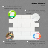 Mosaico decorativo bianco di vetro macchiato per la parete della stanza da bagno