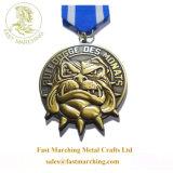 工場価格のカスタムフィニッシャーの名誉の円形浮彫りは蜂の記念するメダルをからかう