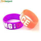 Wristband di gomma personalizzato del silicone di marchio