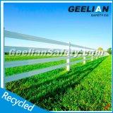 Anti-UV Eco-Friendly Pergola en plastique pas cher / Plastic Farm Fence Post