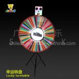 入賞した車輪の木製の入賞した車輪Wheel of Fortune、回転のWheel of Fortune
