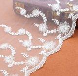 Шнурок цвета слоновой кости L40027 ткани шнурка рейона цветка 3D