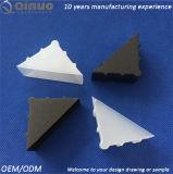 ガラスまたは写真フレームのためのQinuoの直角のプラスチックすみ金