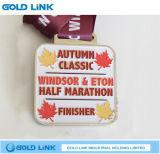 Le médaillon fait sur commande d'émail de demi de marathon de médaille de module de finition folâtre le souvenir