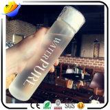 De aangepaste Fles van het Glas van de Manier van het Embleem Geschikte Duidelijke