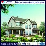 Светлая стальная аграрная зеленая дом