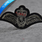 New Fashion Crown Bordado Patch para Uniformes