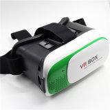 Le client des lunettes de réalité virtuelle de la marque Vr Google carton