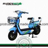 Motocicleta elétrica com cesta dianteira