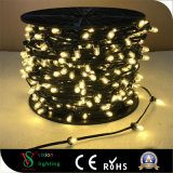 En el exterior de las luces LED de la cadena de Navidad para decoraciones de árbol