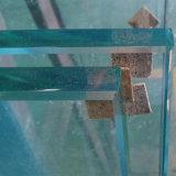 La Chine fournisseur Low-Iron 10mm Le verre trempé de sécurité transparent