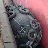 Yokohama Para-lama de borracha pneumático em projetos de Petróleo e Gás