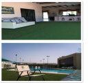 Aménagement paysager en forme de C pour piscine (L30-U)